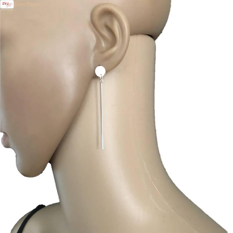 Zilveren staaf cirkel oorbellen-2