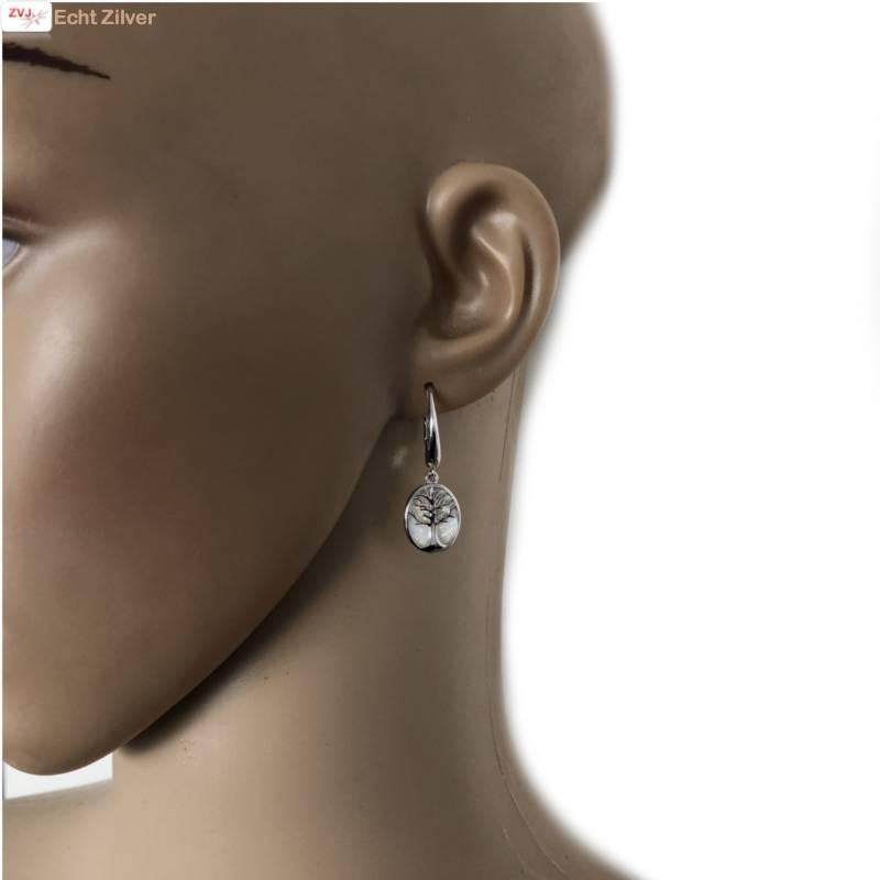 Zilveren witte opaal levensboom oorhangers-2