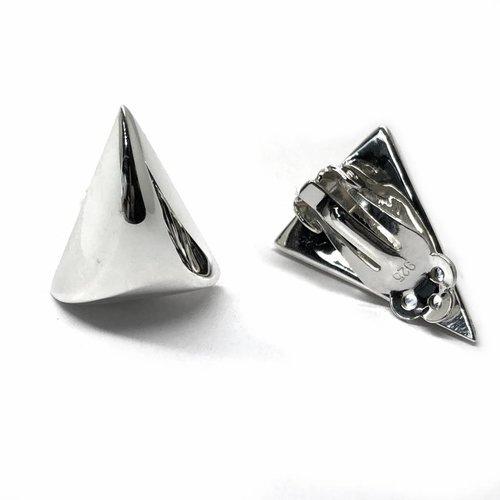 ZilverVoorJou Zilveren clip-on triangel oorbellen