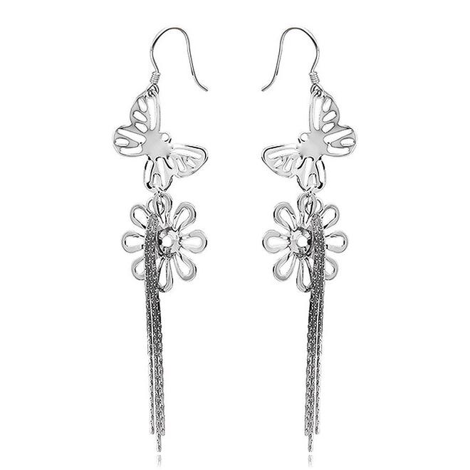 Zilveren vlinder bloem oorhangers