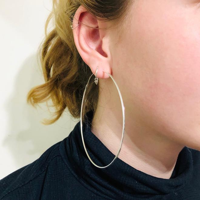 Zilveren creolen oorringen groot 80 mm 1.5 mm ronde buis