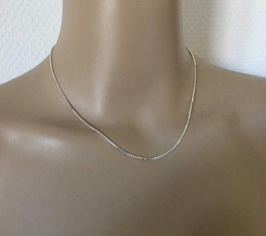Echt zilveren lengte ketting van 42 cm