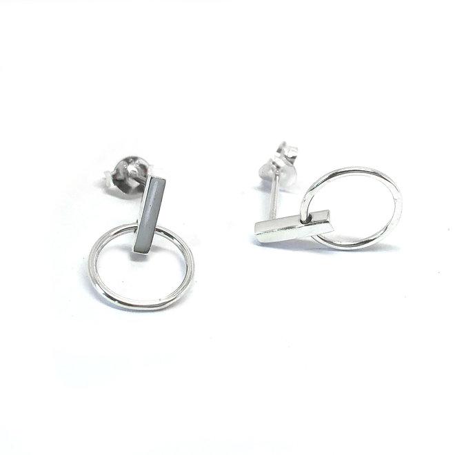 Zilveren oorstekers staafje ringetje