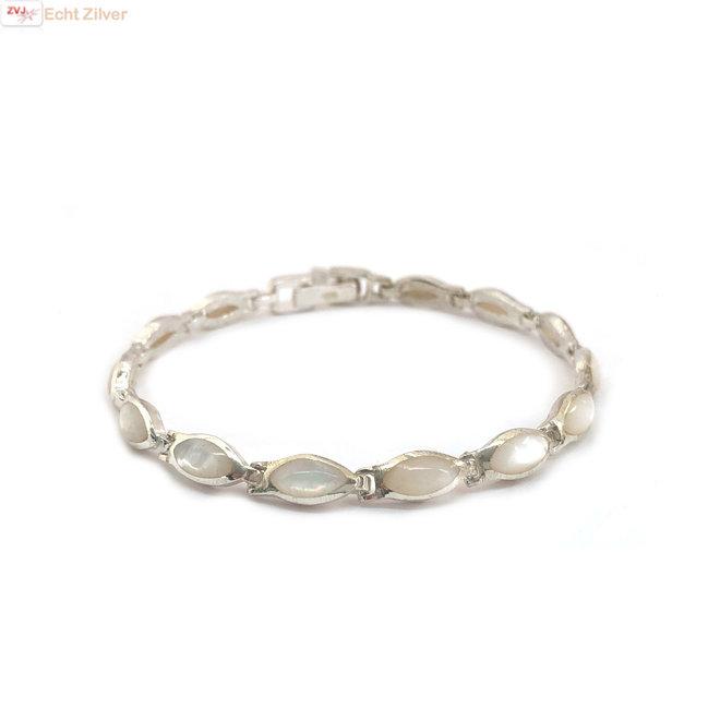 Zilveren armband witte parelmoer 18,5 cm
