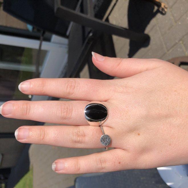 Zilveren grote zwarte ovale onyx steen ring