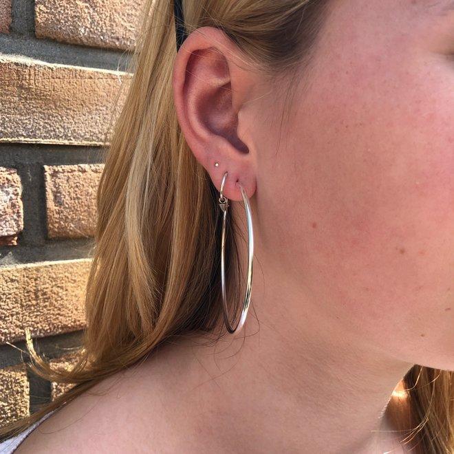 Zilveren creolen oorringen groot 60 mm 2 mm breed