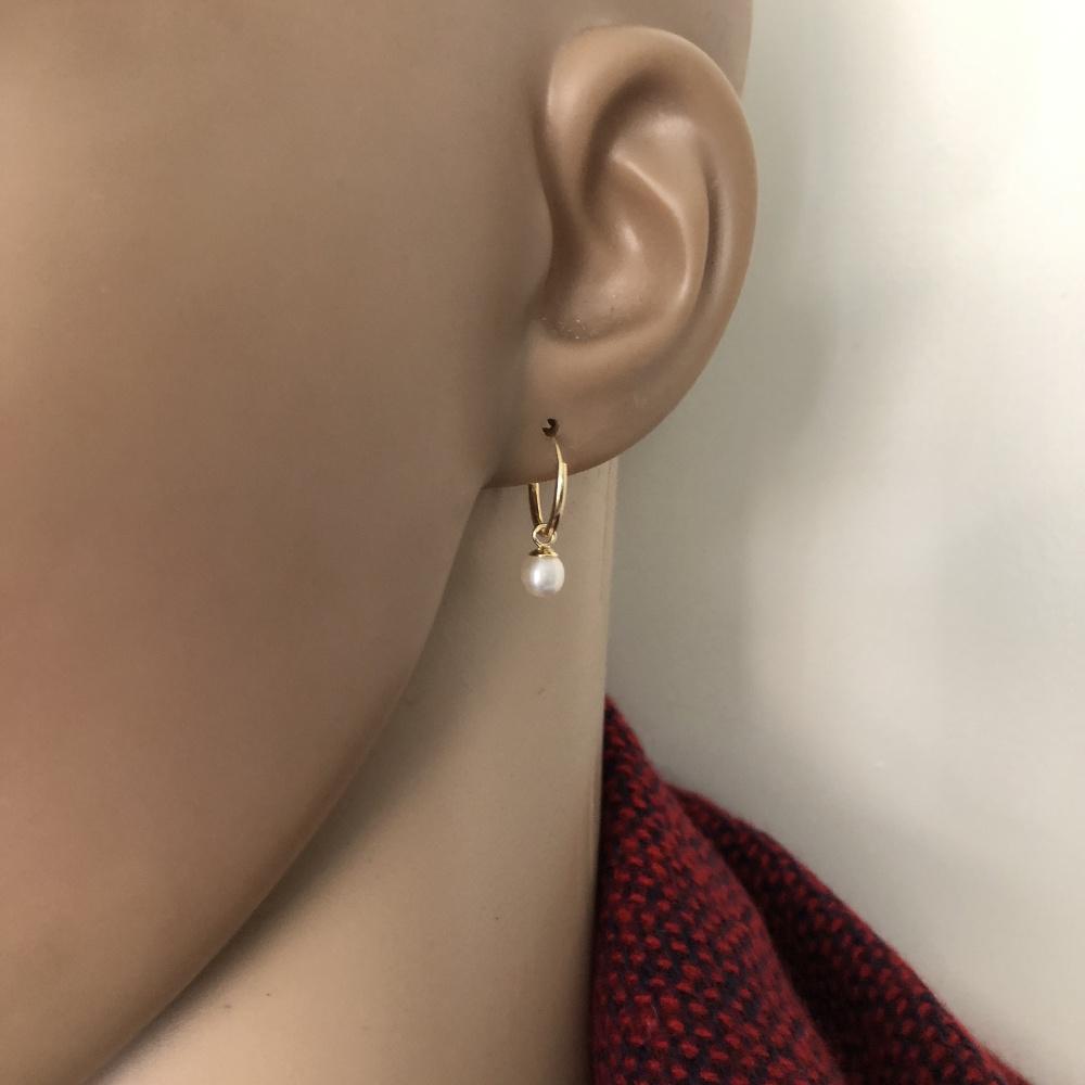 Goud op zilver kleine oorringen met witte parel-3