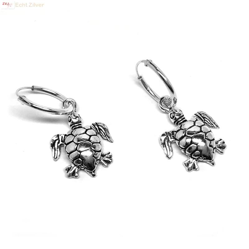 925 zilveren kleine oorringen met schildpad hangertjes-1