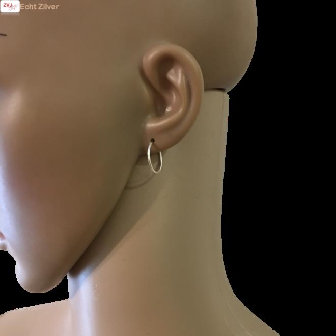 Zilveren kleine creolen oorringen ronde buis 16 x 1.2 mm breed