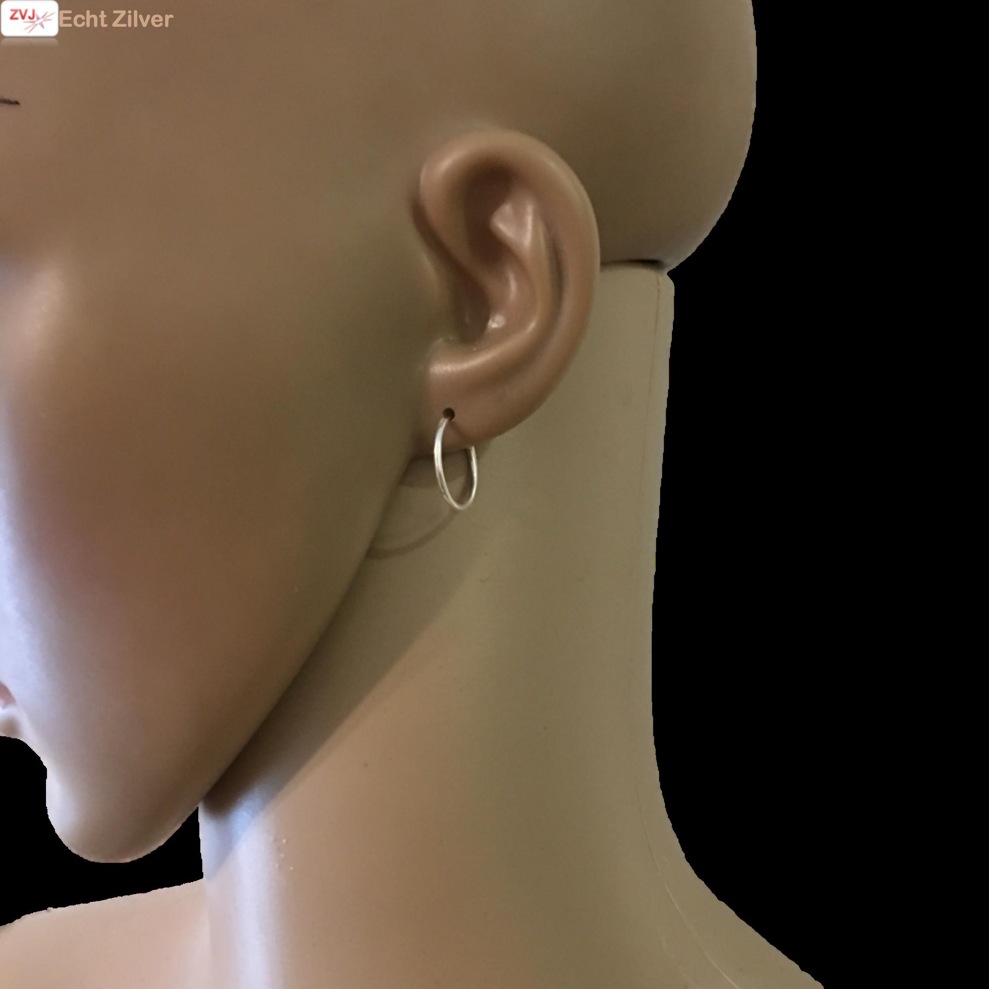 Zilveren kleine creolen oorringen ronde buis 16 x 1.2 mm breed-2