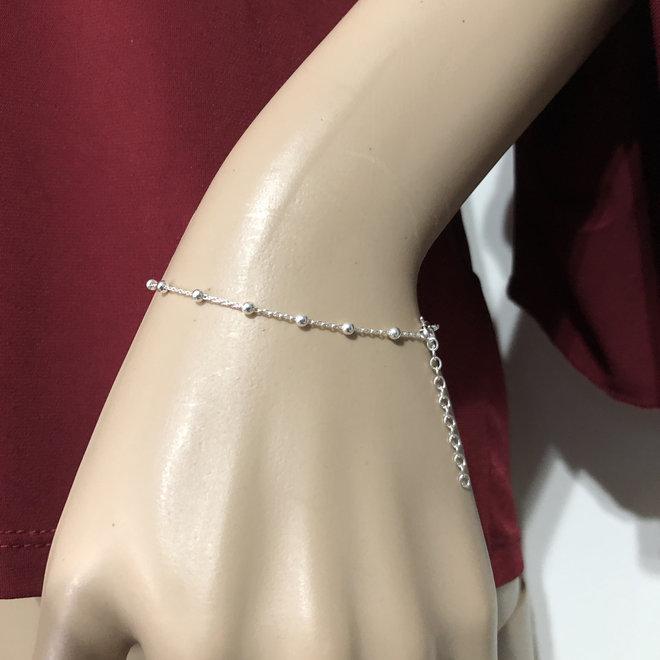 Zilveren 2 mm balletjes armband