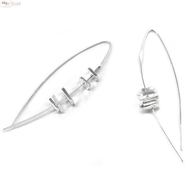 Zilveren design oorbellen vierkant bedels