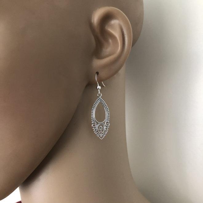 Zilveren vintage style oorhangers