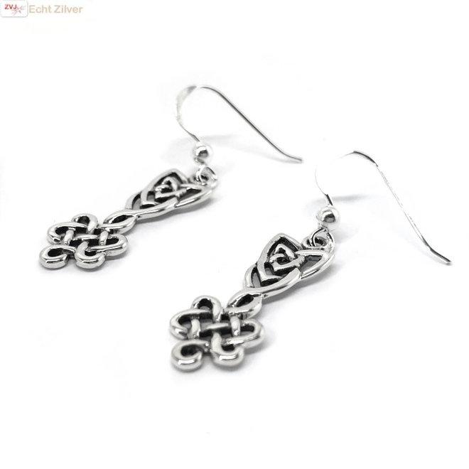 Zilveren keltische dubbele knoop oorhangers