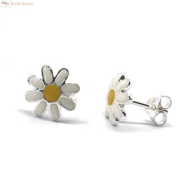 Zilveren margriet bloem oorstekers