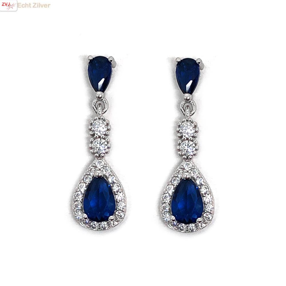 Zilveren saffier blauwe oorhangers-1