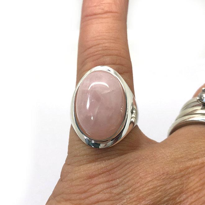 Zilveren grote roze kwarts ring