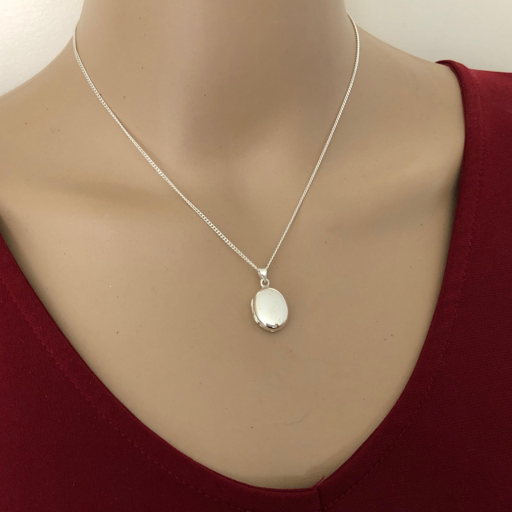 Zilveren ovaal klein medaillon-2
