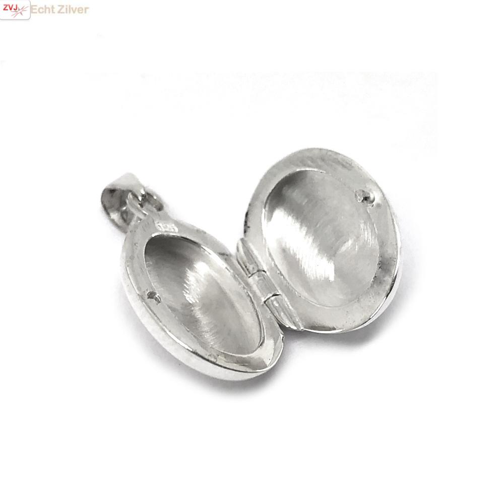 Zilveren ovaal klein medaillon-3