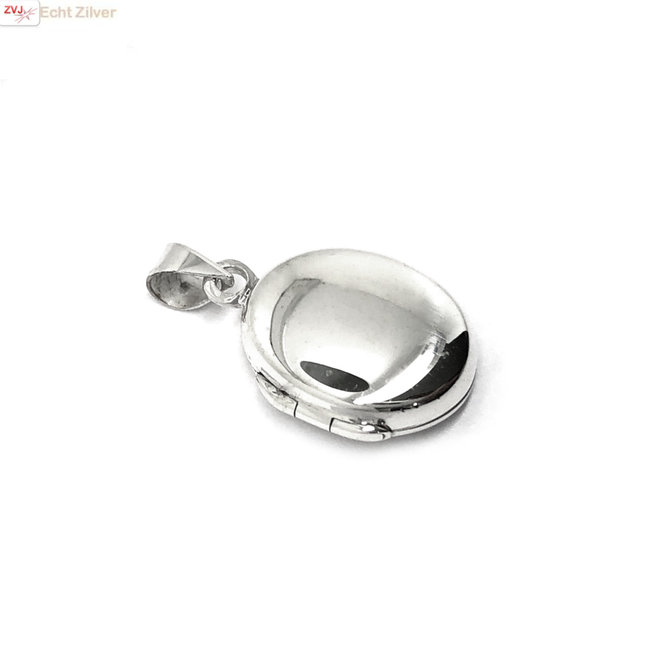 Zilveren ovaal klein medaillon