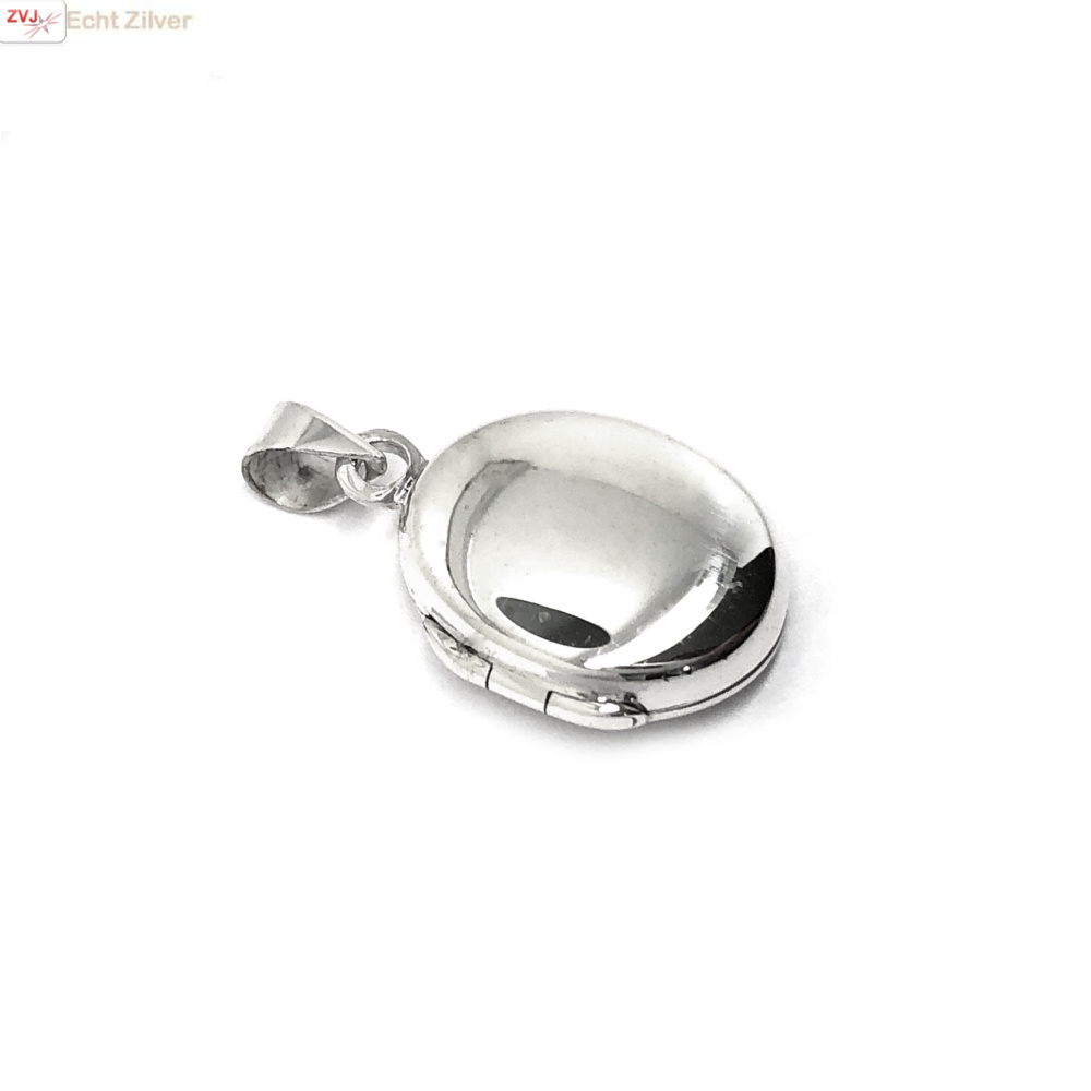Zilveren ovaal klein medaillon-1