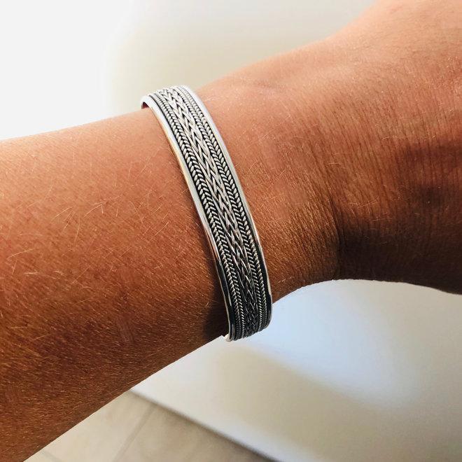 Zilveren design klemarmband vlechtmotief 12 mm