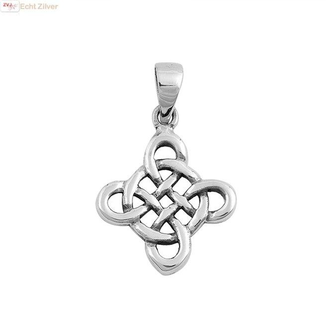 Zilveren Keltische  hanger viereenheid