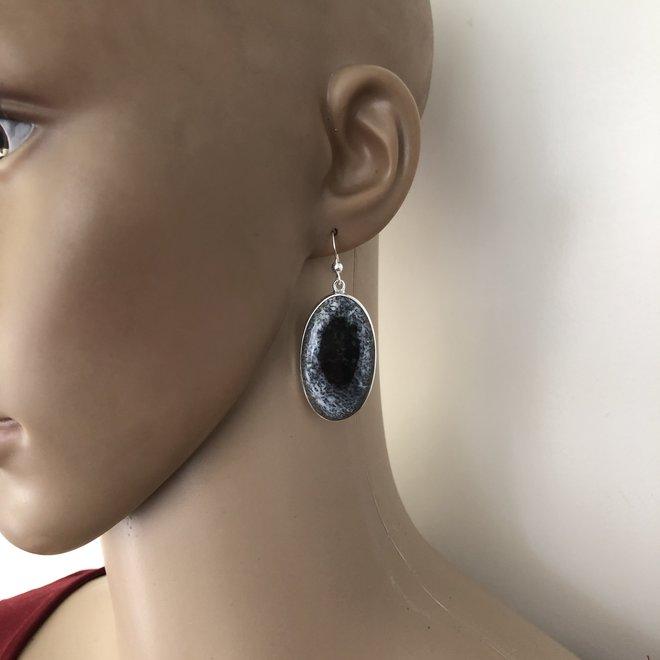 Zilveren grote dendriet opaal oorhangers