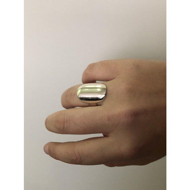 Zilveren grote ovale hoogglans ring