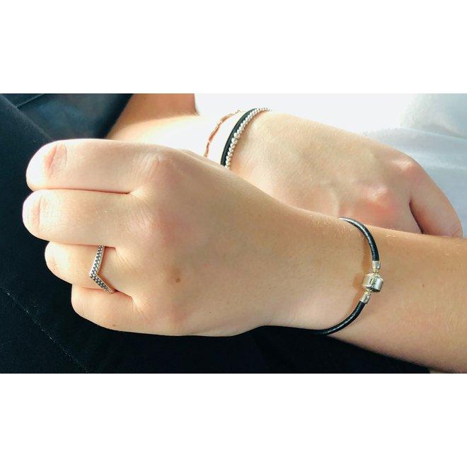 Zwart leren armband bedels zilver