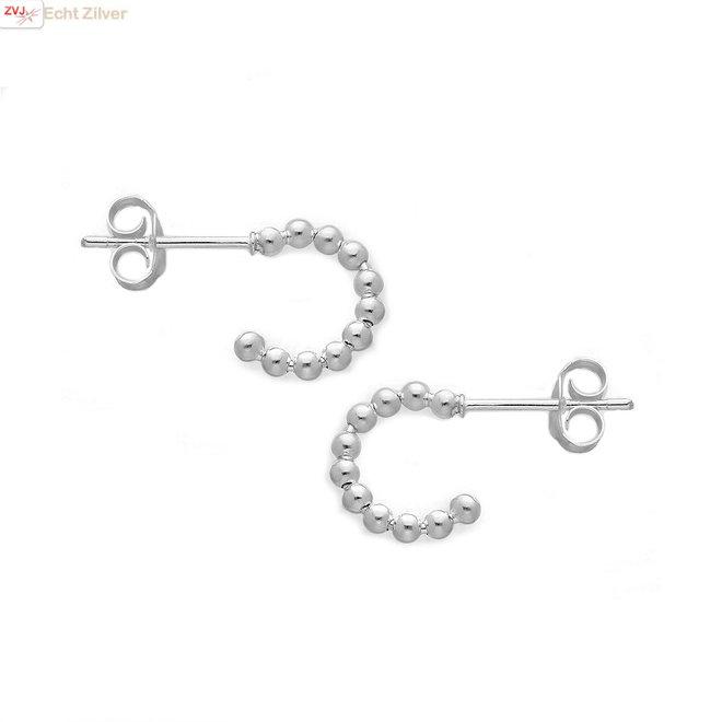 Zilveren kleine dots steek oorringen
