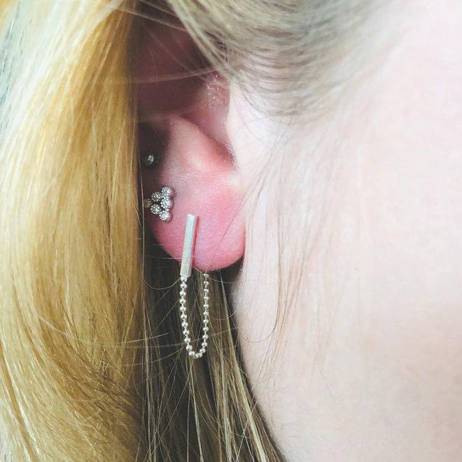Zilveren staaf ketting oorsteker
