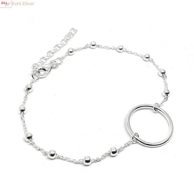 Zilveren cirkel karma bolletjes armbandje