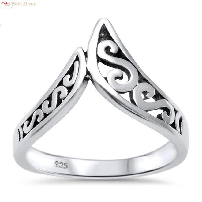 Zilveren chevron swirl V ring