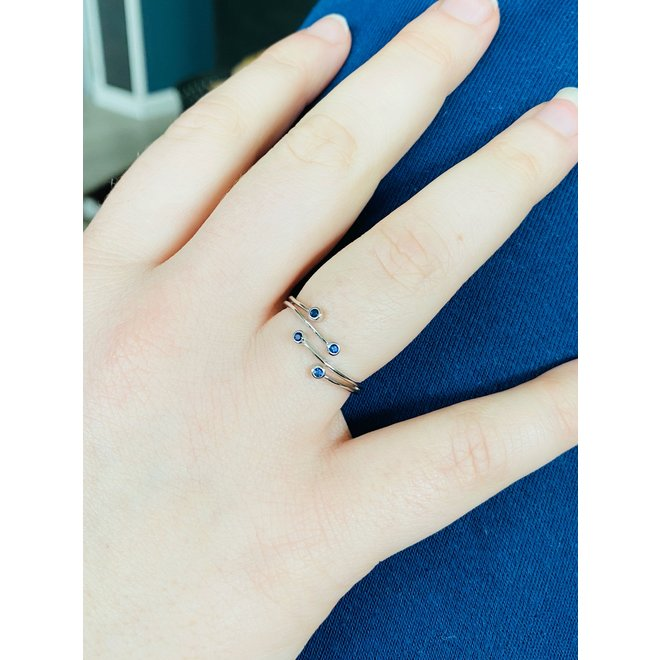 Zilveren blauwe saffier bling wraparound ring