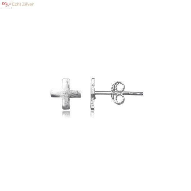 Zilveren kruis oorstekers