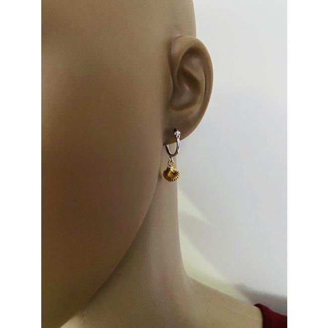 925 zilveren oorringen met een geel goud verguld schelp hangertje
