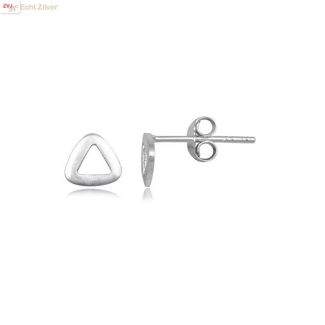 Zilveren mini triangel oorstekers