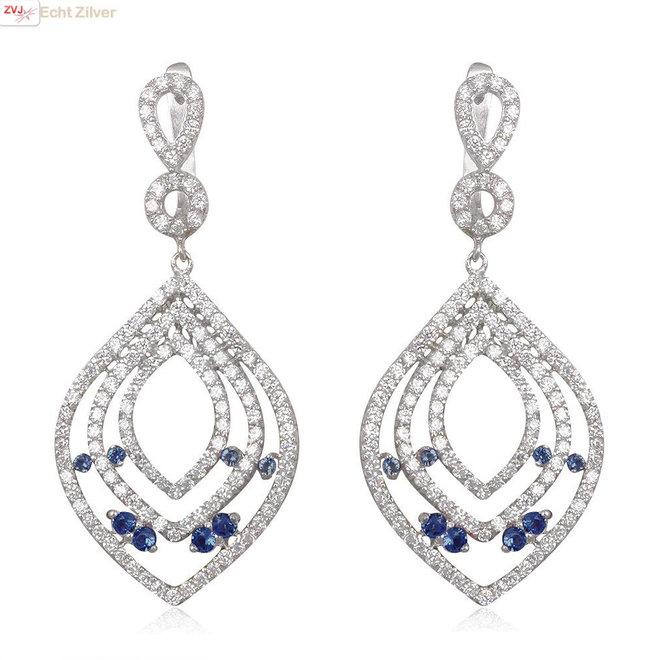 Zilveren saffier blauwe en witte luxe oorhangers