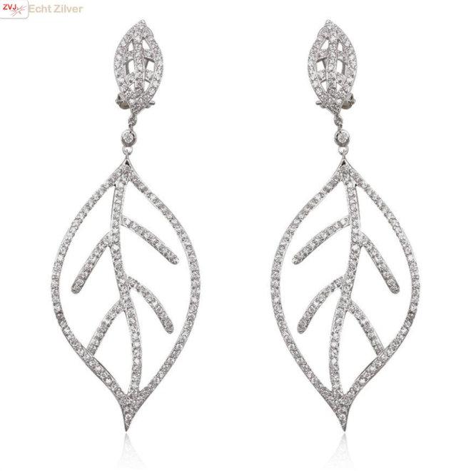 Zilveren grote luxe leaf blad oorhangers wit