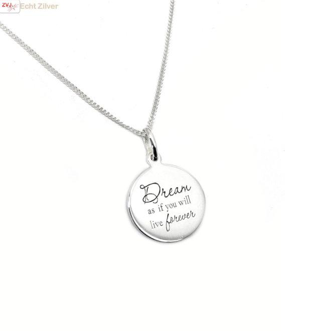 Zilveren gourmet ketting en hanger met tekste Dream en Live