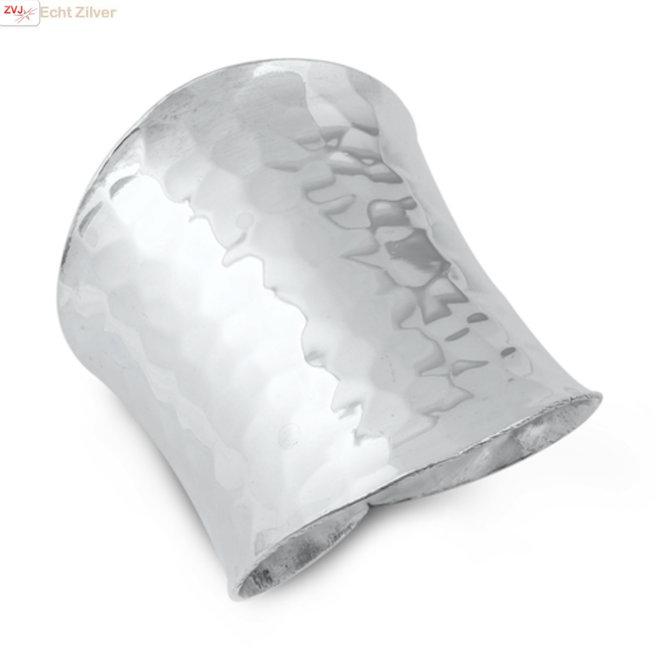 Zilveren grote gehamerde design ring