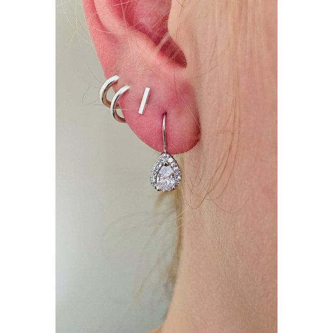 Zilveren witte druppel oorhangers witte CZ