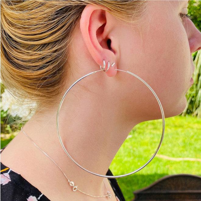 Zilveren zeer grote oorringen 105 mm 2 mm ronde buis