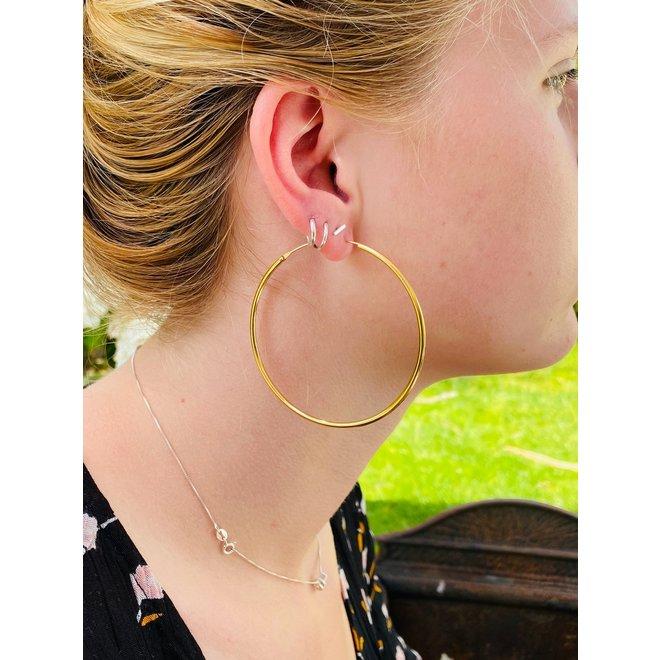 Goud op zilver oorringen 65 mm 2 mm breed