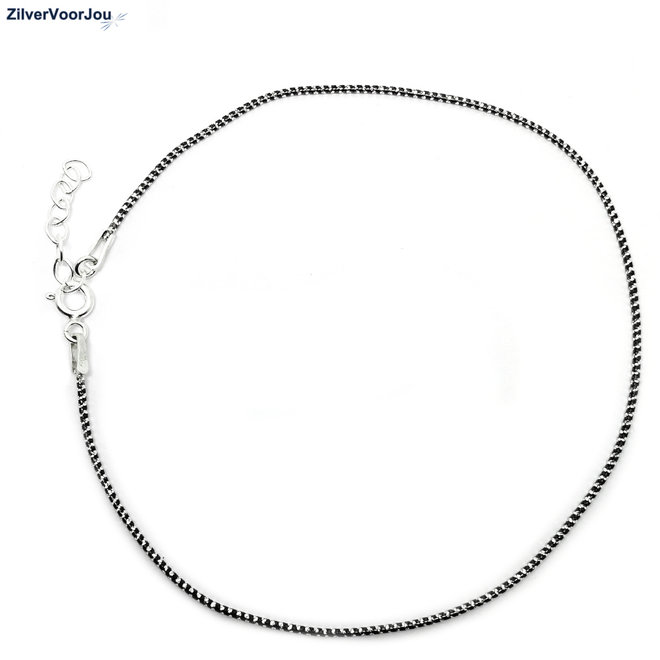 Zilveren zwart zilver gedraaid enkelketting