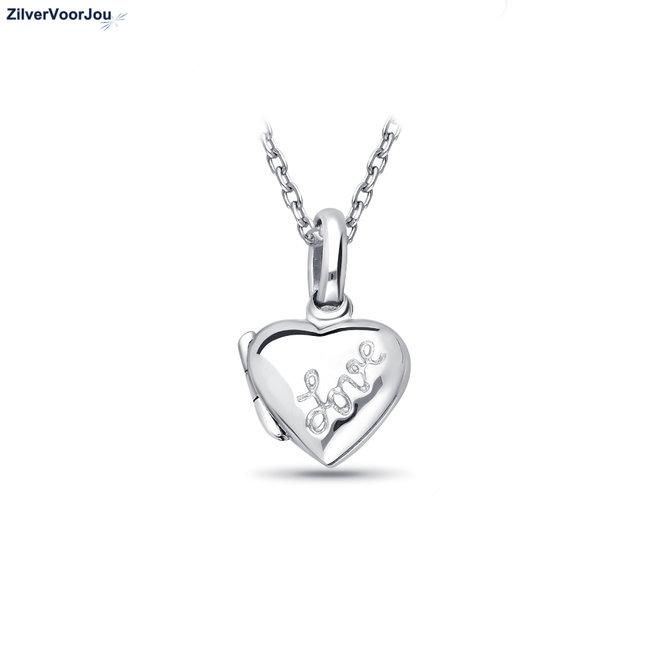 zilveren klein hart medaillon met inscriptie love