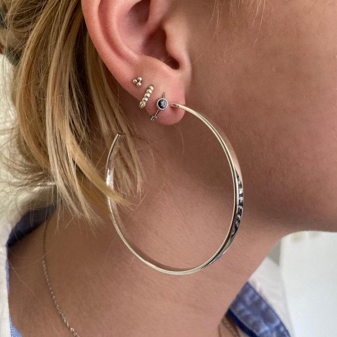 Zilveren grote steek oorringen 63 mm