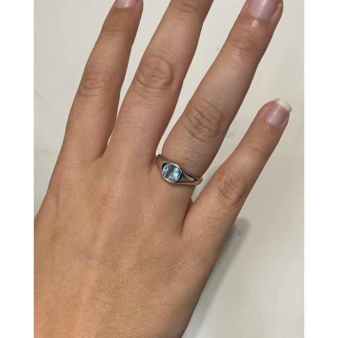 Zilveren rhodium dames zegelring vierkante aquamarijn blauwe zirkoon