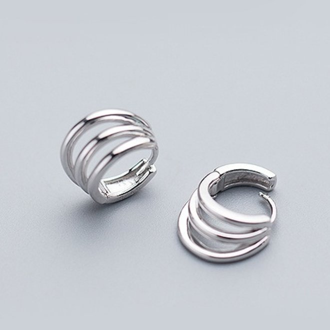 Zilveren 3 lijnen huggie hoops